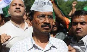 kejriwal charges varanasi administration of inaction in violence against aap workers