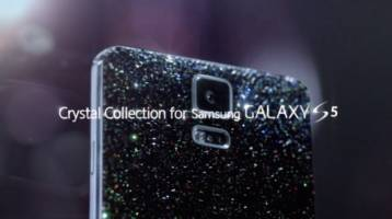 Samsung Galaxy S5 Crystal Collection drowns the phone in Swarovski crystals